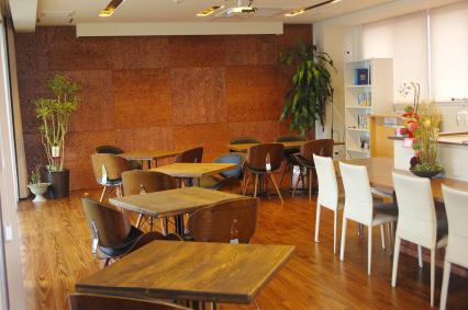 社員の声から生まれたカフェスペース